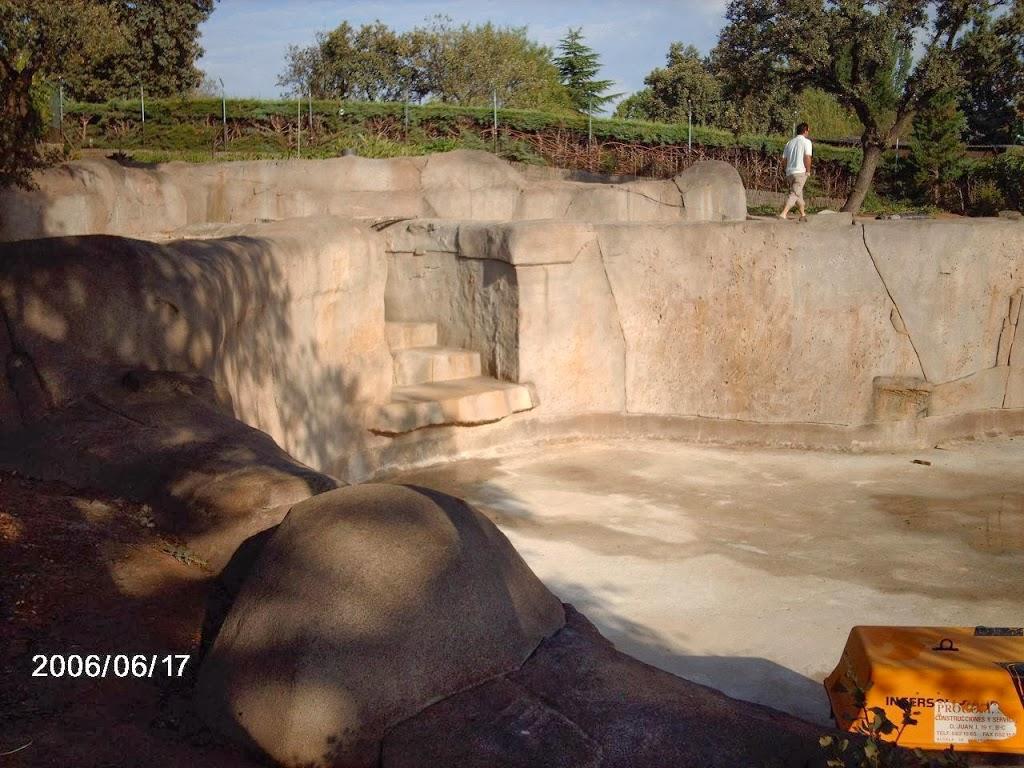 Muro para realización de lago artificial con mortero tixotrópico