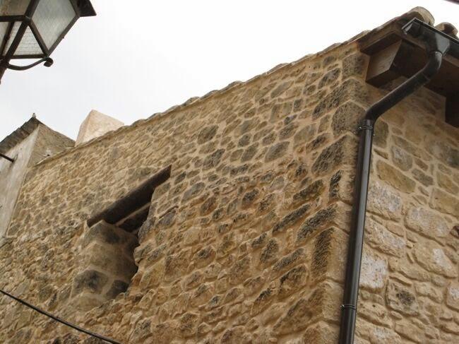 Rehabilitación en fachada con mortero temático ESTone.tex