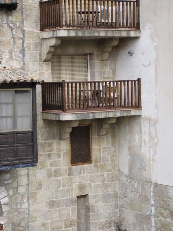 balcones realizados con mortero tixotropico en valderrobres