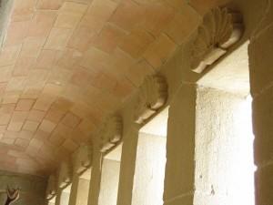 Bóveda cañon en pasillo bodega