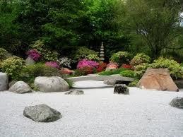 decorar interiores y jardines con rocas aligeradas